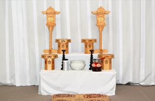 区民葬儀C祭壇:練馬区の葬儀社 小澤葬祭